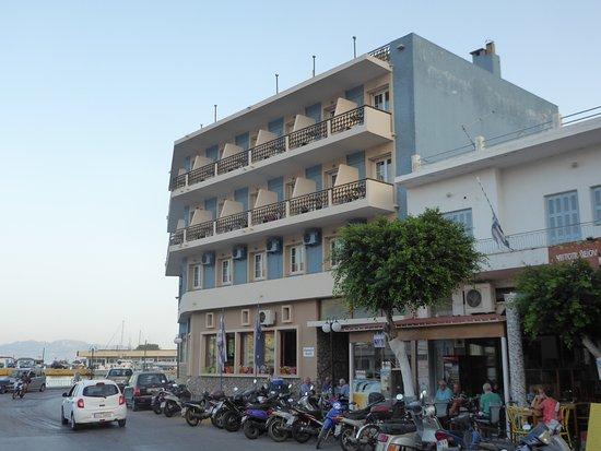 Pothia, Grækenland: the exterior