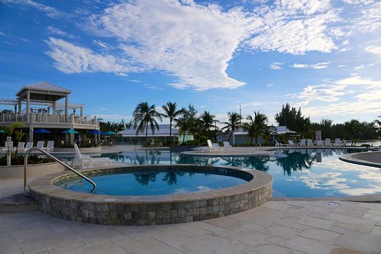 Cayman Brac: The hot tub isn't really hot but has relaxing jets.