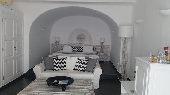 San Antonio Suites: 20161017_134817_large.jpg