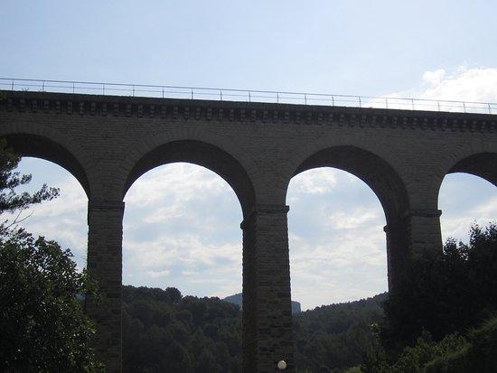 Προβηγκία, Γαλλία: pont