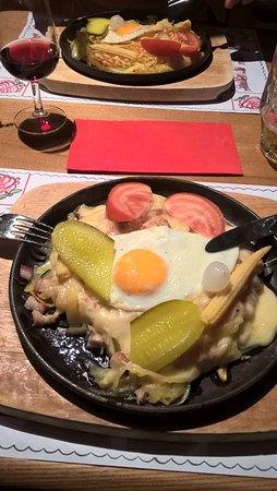 Andermatt, Svizzera: Egg, Cheese and Bacon special