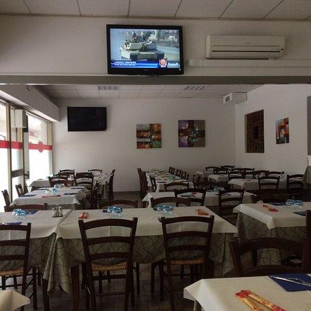 Ristorante dal foro in mantova con cucina italiana - Foro areazione cucina ...