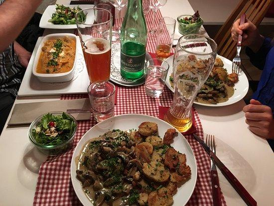 charmantes familiengefuhrtes restaurant ein perfekter abend mit und bei freunden kuss die hand fussen reisebewertungen tripadvisor