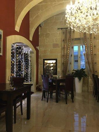 Xaghra, Malta: Il-logga Restaurant