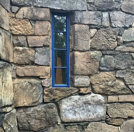 Wharton Esherick Museum: The texture of stone