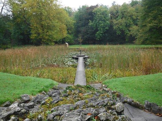 Newmarket-on-Fergus, Ιρλανδία: Dromoland Castle grounds.