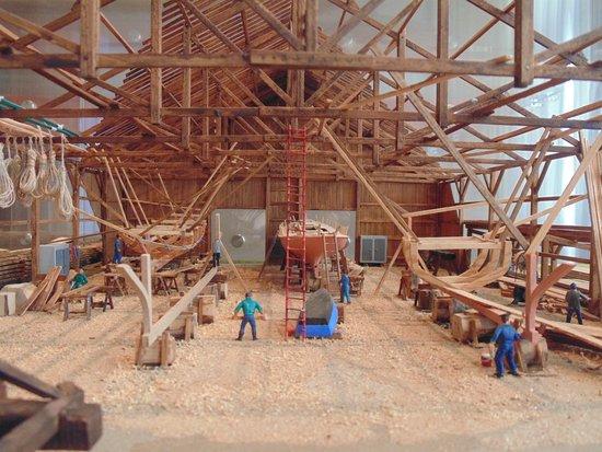 Bayona, Francia: Maquette d'un chantier naval