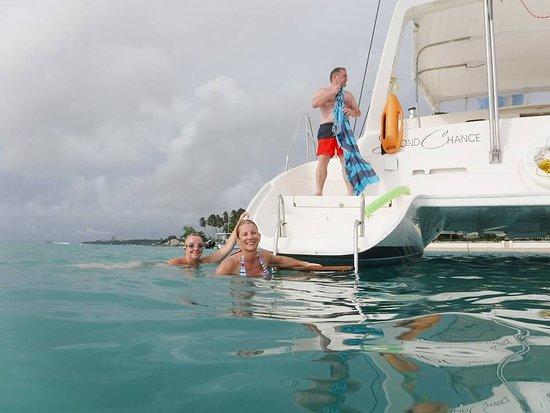 Porters, Barbados: Swimming off the catamaran