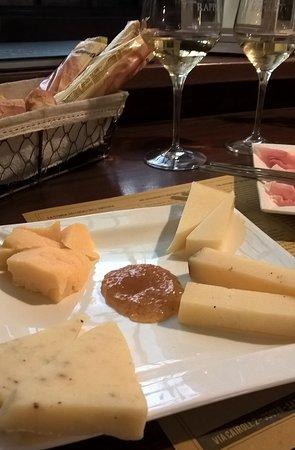 San Daniele del Friuli, Italia: formaggi deliziosi