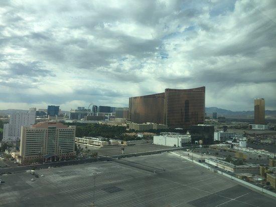 SpringHill Suites Las Vegas Convention Center: photo0.jpg