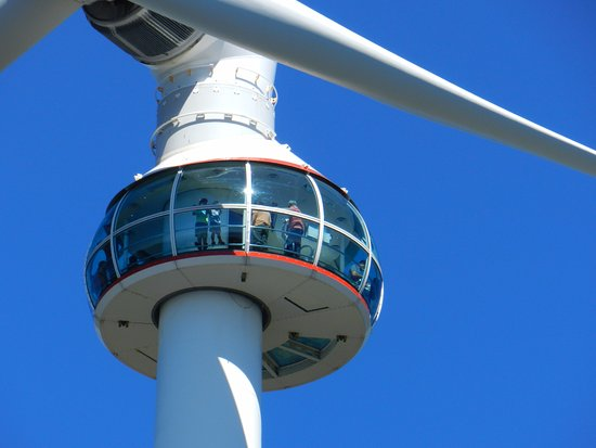 North Vancouver, Canadá: Get up on the wind turbine