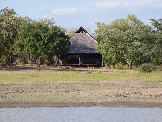 Selous Game Reserve, تنزانيا: A view of our Banda from the lake