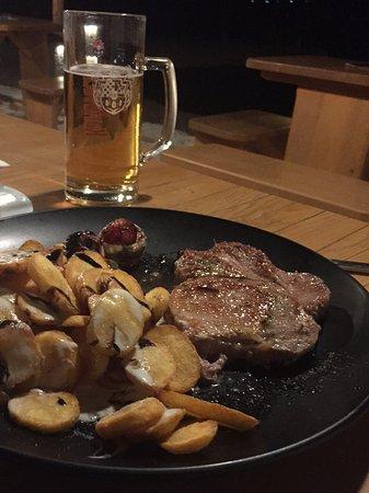 Viganj, Kroatien: Pork steak
