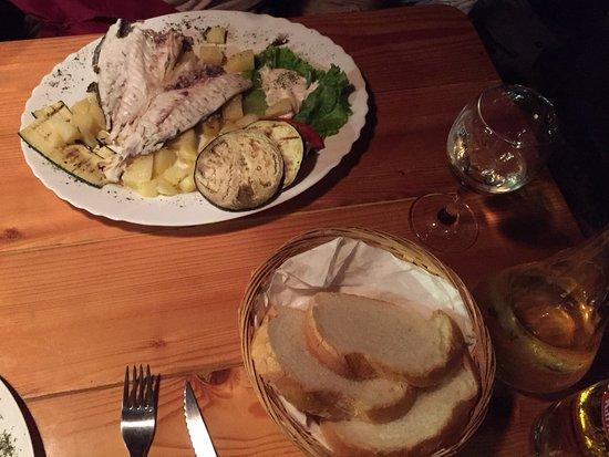 Viganj, Kroatien: Grilled Dorado