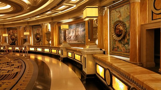 Amazing Caesars Palace: Hotel Front Desk Pictures Gallery