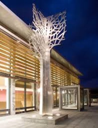 Omagh, UK: Treelines Sculpture