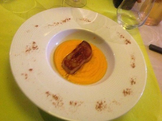 Bedoin, Prancis: Foie gras poêlé et crème de potimaron