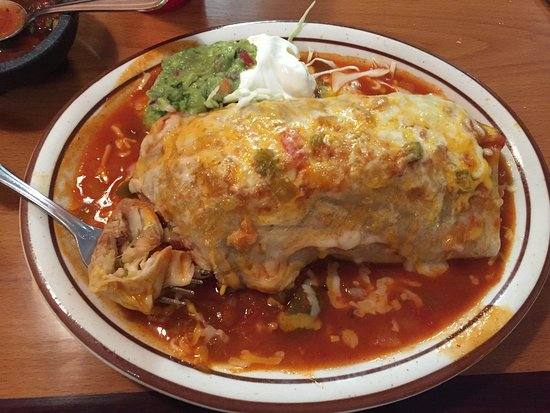 Colton, Californië: Vegetarian Wet Burrito = YUM!