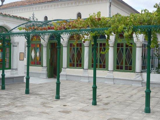Karaite Kenesa of Yevpatoria: Необычная архитектура