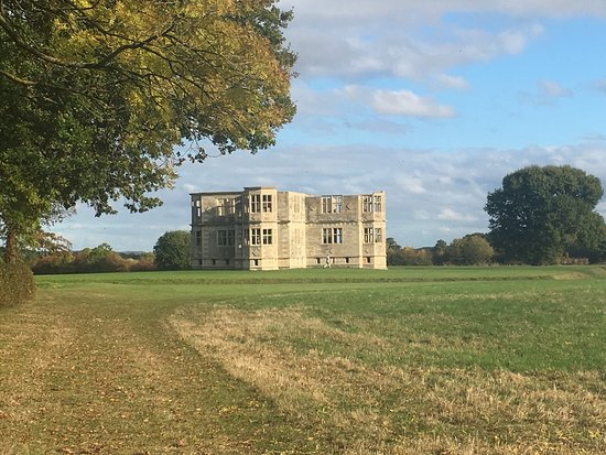 Oundle, UK: Magical site for an Autumn walk, intriguing building and beautiful gardens.