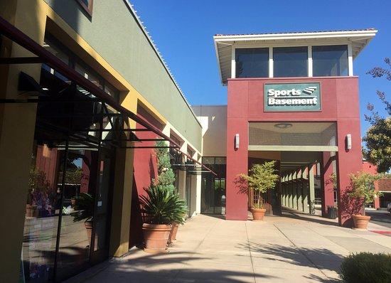 Campbell, CA: Sport Basement