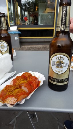 Wursterei: Currywurst og øl