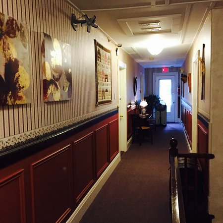 Digby, Canada: hallway