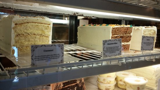 Chapel Hill, NC: The cake case!