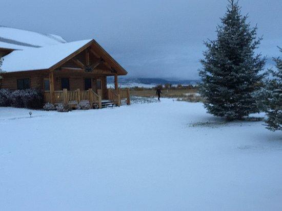Ennis, MT: October snow at MVR