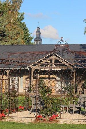 Le Tronchet, Frankrig: Le jardin de l'hôtel de L'Abbaye