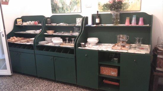 Albergo dei Fiori: Ingresso sala colazione