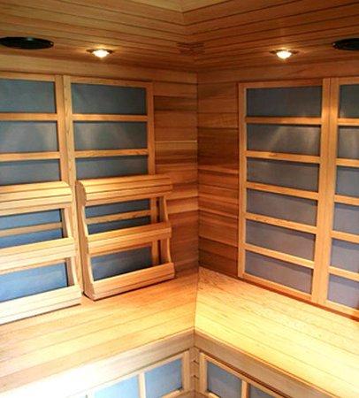 กูร์เตอเนย์, แคนาดา: Far-InfraRed Sauna