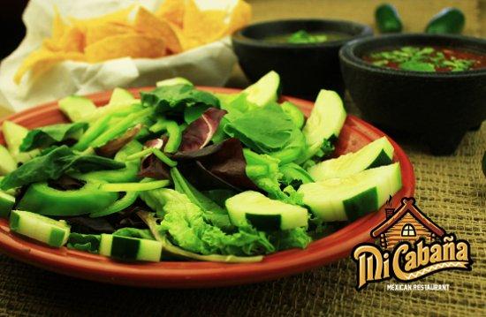 Greenville, Caroline du Nord : Mi Cabana Salad -Mi Cabana Mexican Restaurant