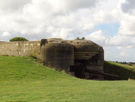 Longues-sur-Mer, France : bunker