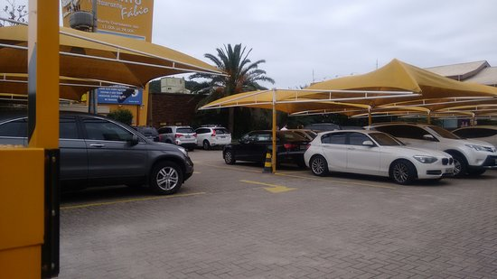 Resultado de imagem para estacionamento do restaurante