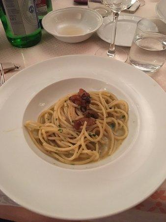La Basilica Restaurant: photo1.jpg