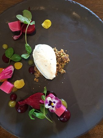 Broke, Australia: Entree: Beets and Goats Cheese