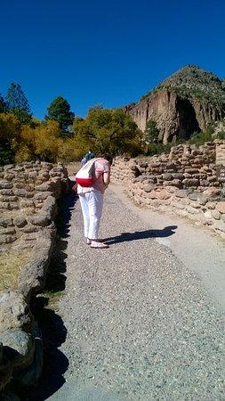 Los Alamos, NM: Paved rock trail!