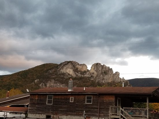 Seneca Rocks, WV: Late October view at dusk