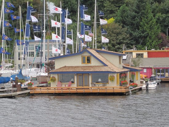 Sleepless In Seattle House Boat Picture Of Argosy Cruises