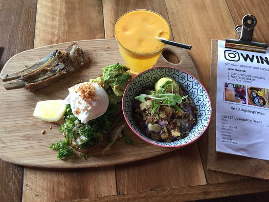 Moonee Ponds, Avustralya: #darlingstespresso #brekkyboard