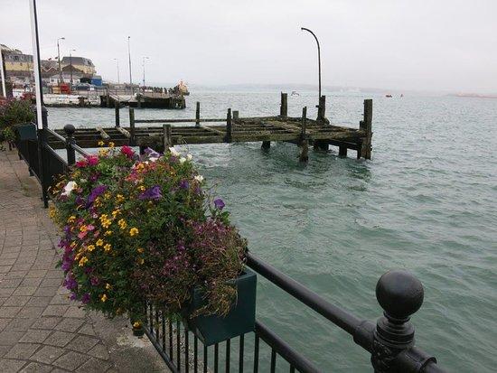 Cobh, Irlanda: Original Pier where the Titanic Passengers left to meet the ship