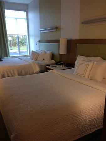Bridgeport, Batı Virjinya: spacious sleeping area
