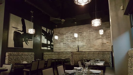 Newmarket, Canada : Wonderful food and decor!
