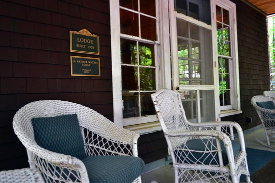 Lake Ariel, Pensilvania: The porch of the Watres Lodge
