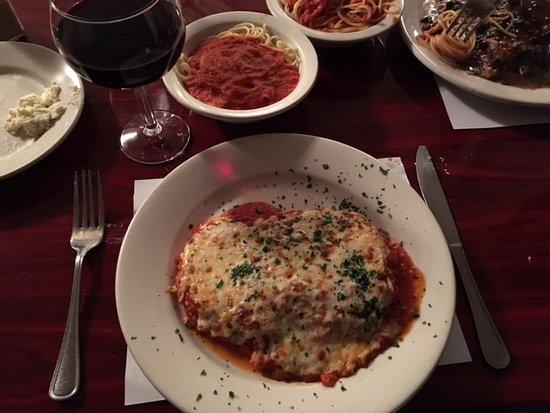 Poughkeepsie, NY: Veal Parmigiana