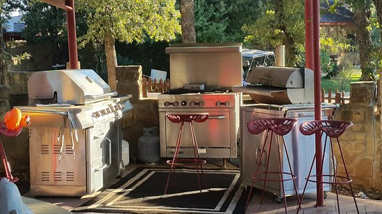 Rocky Top Ranch Resort Outdoor Grill Area Free To Use By The Guests