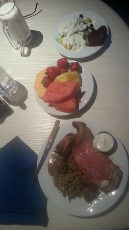 Oceano Buffet: My starter plates, including the prime rib