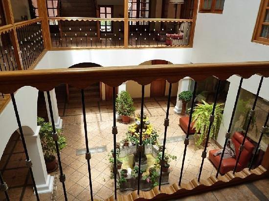 Anden Inca Hotel: Patio interno
