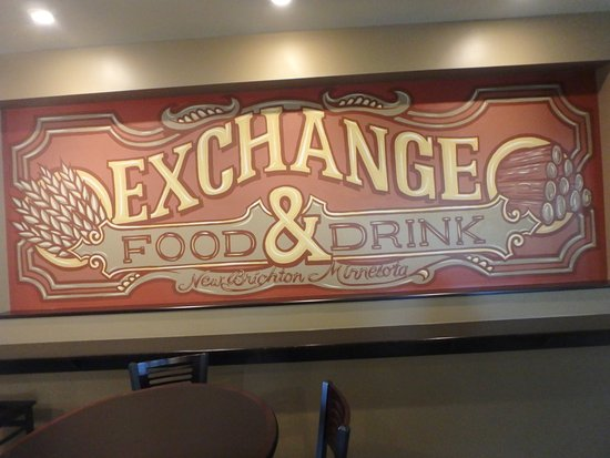 ‪‪New Brighton‬, ‪Minnesota‬: Exchange food and drink sign‬